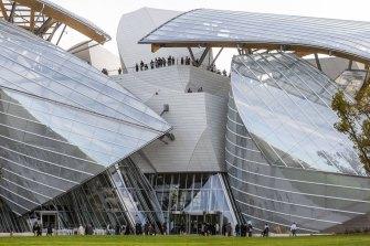 France, Paris, Bois de Boulogne, Louis Vuitton Foundation by architect Frank Gehry.