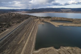 As dams such as Burrendong in central NSW dry up, governments are battling to find new water sources to keep drought-hit towns supplied.