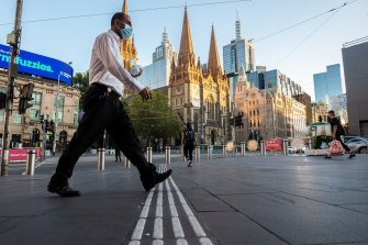 Commuters returning to Melbourne CBD after February's five-day lockdown.