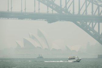 Bushfire smoke chokes Sydney in December.