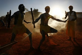 Gumatj clan ceremonial leaders performing the Gurtha ceremony at the opening ceremony of the First Nations National Convention held in Uluru, at the Mutitjulu community, on Tuesday 23 May 2017. fedpol fedpol Photo: Alex Ellinghausen