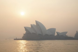 Smoke haze from bushfires blanketed Sydney this week.