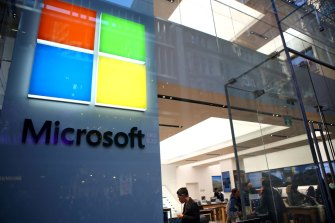 Hackers attempted to access a US presidential contender's campaign, Microsoft says.