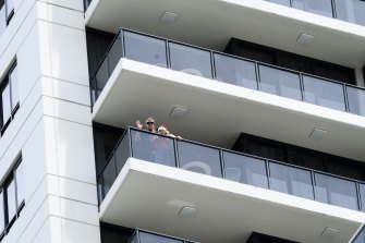 Stuart Rogers, wife Clair and daughter Astrid are stuck in hotel quarantine at the Meriton on Pitt St over Christmas.