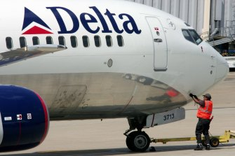 The Delta aircraft returned to Los Angeles International Airport after the girl suffered a medical emergency.