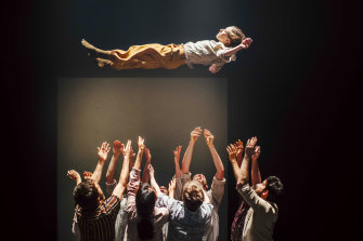 The design elements offer hope in Shechter's dismal world.