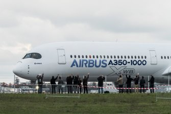 The US and European Union agreed to suspend their dispute over government subsidies to Airbus and Boeing, a dispute dating back to 2004 that had resulted in World Trade Organisation-sanctioned tit-for-tat tariffs totalling $US11.5 billion