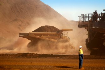 A mine contractor gave a weak positive test to COVID at Fortescue's Cloudbreak.