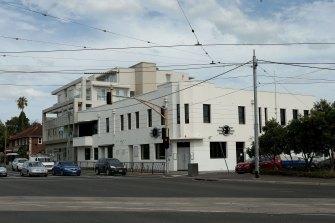The Greyhound Hotel in St Kilda before demolition.