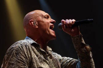 Former arts minister Peter Garrett savaged the decision to abolish the arts department.