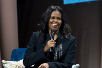 Michelle Obama's memoir Becoming   won the 2020 Audio Publishers Association's award for best autobiography/memoir.