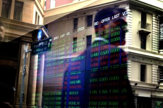 The ASX 200 added 0.8 per cent for the week - its fifth straight weekly gain.