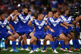 Samoa performs the Samoan war dance Siva Tau before the International Rugby League against Tonga in 2016.