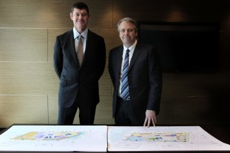 Crown's James Packer with Todd Nisbet in 2019.