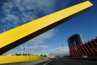 Traffic has dropped by 58 per cent on Melbourne's CityLink, Transurban's most profitable toll road, in the last quarter.