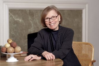 Author Janet Malcolm's writing was precise and analytical; her unflinching gaze missed nothing.