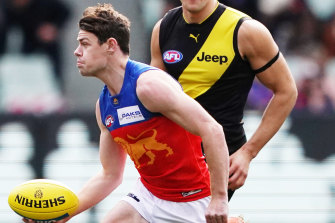 Lachie Neale in action against the Tigers.