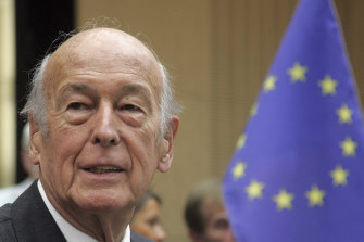 Former French President Valery Giscard d'Estaing, with an EU Flag at right, attends the debate of the new European constitution at the German Upper House Bundesrat in Berlin.
