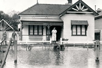 Morang Road, Hawthorn, during the flooding.