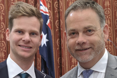 'Distasteful': UK sports minister condemns Brits for booing Steve Smith