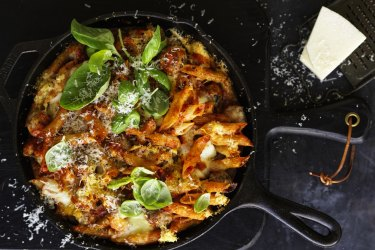 ***EMBARGOED FOR GOOD WEEKEND, AUGUST 17/19 ISSUE*** Neil Perry recipe : Penne al Forno Photograph by William Meppem (photographer on contract, no restrictions)