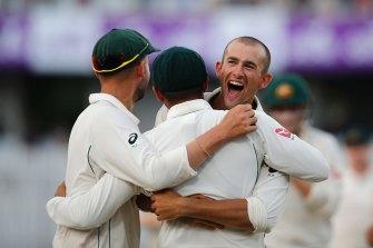 Ashton Agar shapes as key to Australia's Test plans in 2022.