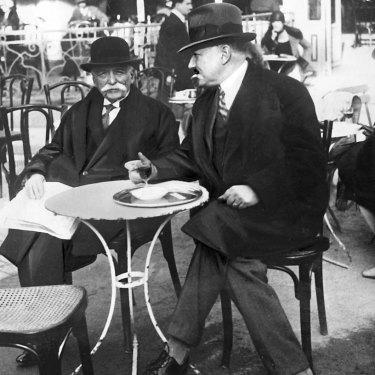 Proto-rock star Auguste Escoffier, left, in Paris in 1935. His cookbooks are used to train chefs today.