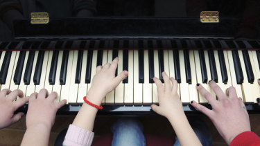 The more fingers the better for piano playing.