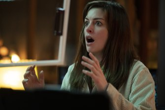 Anne Hathaway as Leah in the second episode of sci-fi anthology series Solos.