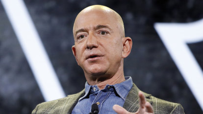 Jeff Bezos, Elon Musk top Forbes' record-setting billionaire list