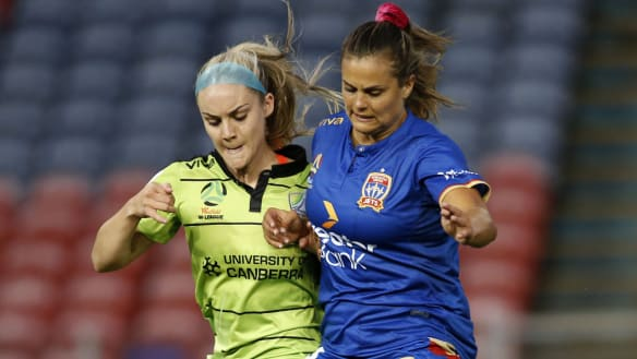 Canberra United lose first game of season at Newcastle