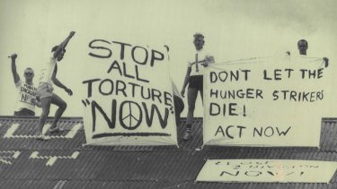 Prisoners on the roof of Boggo Road during the 1987 protests.