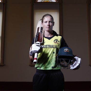 Australian women's cricket star Meg Lanning leads by quiet example.