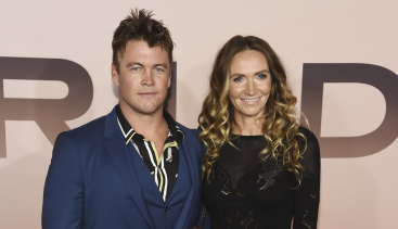 Luke Hemsworth with his wife, Samantha, at the season three premiere of Westworld in early March.