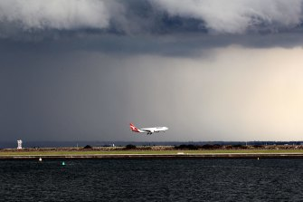 A relocation to Melbourne would directly impact on 65 of the 130 air traffic controllers in Sydney.