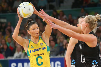 Kim Ravaillion in action playing for the Diamonds.