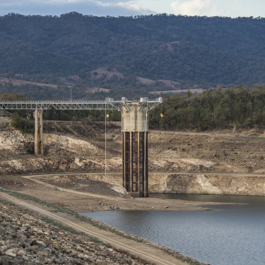 Burrendong Dam as it sank to just 4.6 per cent full in late August, 2019. Without good rains and efforts to pump so-called 'dead water', flows on the Macquarie River could cease by November.