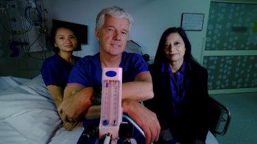 Carolyn Deng, Professor Paul Myles  and  Professor Jayashri Kulkarni at The Alfred hospital.