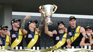 The 2020 Tigers celebrate on the Gold Coast.