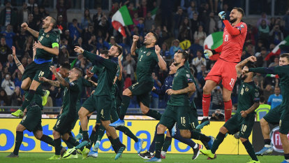 Italy qualify for Euro 2020, while Spain stumble in Oslo