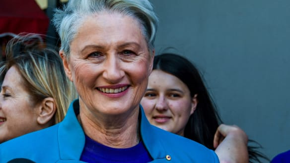 Kerryn Phelps backflips, announces she will preference Liberals over Labor