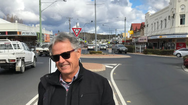 Cattle grazier Ian Perkins disagrees with Stanthorpe's proposed new dam and believes the town needs to live with less water.
