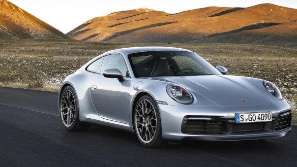 Porsche 992.