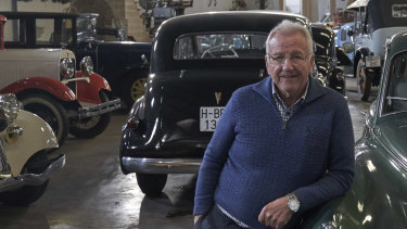 Pepe Moreno, in his personal museum for vintage cars in El Ejido, has considered switching his political support to the far-right Vox party, mainly out of concerns about corruption.