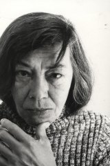 Patricia Highsmith worked in a foetal position in bed.