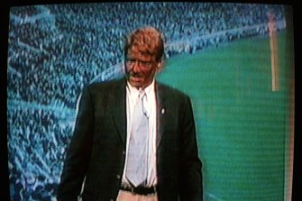 Sam Newman in blackface after Nicky Winmar didn't appear on The Footy Show in 1999.