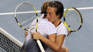 In a match that lasted 4 hours 44 minutes, Francesca Schiavone beats Svetlana Kuznetsova 16-14 in a three-hour long third set during the Australian Open in 2011.