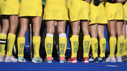 'In tears, inconsolable': Hockeyroos distraught as dirty washing airs