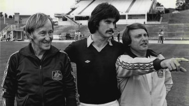 Kiwi excursion: Gutendorf, with Socceroos captain Murray Barnes and Les Scheinflug in Auckland in 1981.