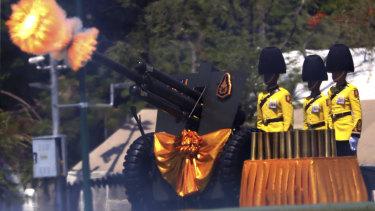 Royal Guards fire cannons in honour of Thailand's new King, Maha Vajiralongkorn.